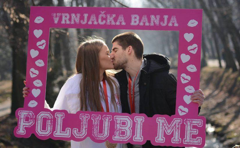 """Jubilarna 10. manifestacija """"Poljubi me"""" u Vrnjačkoj Banji"""